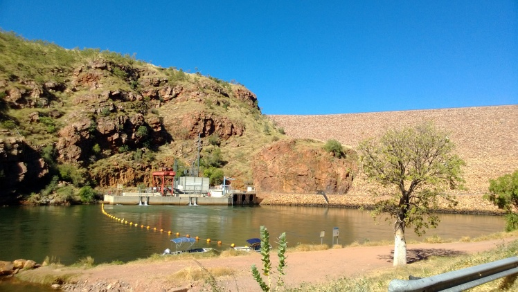 The sub station on the river side of the lake. supplies water to kununurra and further north.