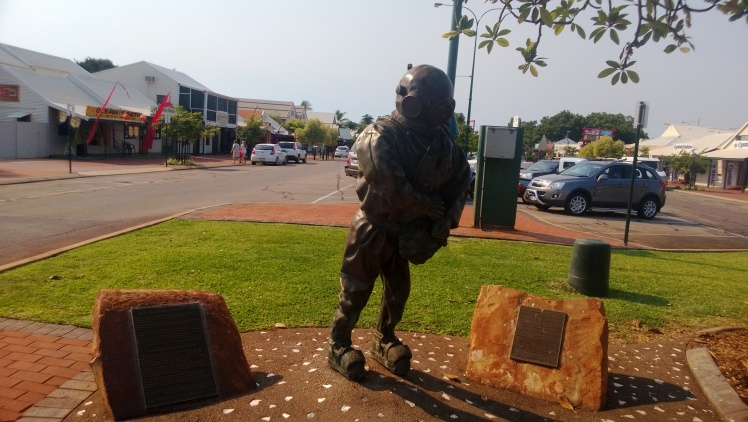 Pearl diver statue main street of Broome